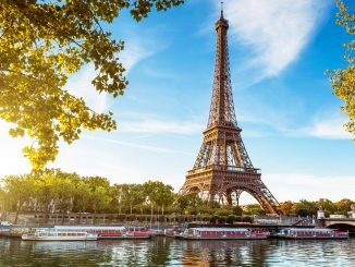 HERO_UltimateParis_Heroshutterstock_112137761